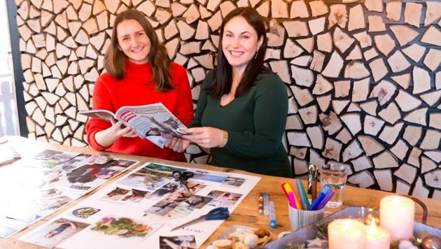 """Krone""""-Redakteurin Sandra Nemetschke hat sich bei Susanne Flatz (li.), Achtsamkeitstrainerin und Expertin für Selbstfürsorge, Tipps für ihr persönliches Visionboard geholt. (Bild: Mathis Fotografie)"""