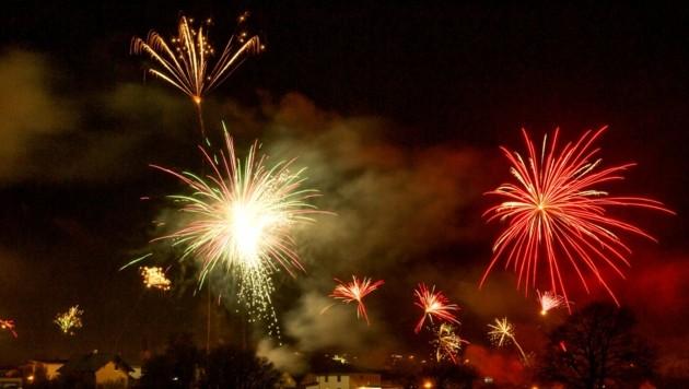 Ein Feuerwerk soll die Allentsteiger um 4 Uhr früh. (Symbolbild) (Bild: Dieter Arbeiter)