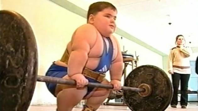 Seine Körperfülle brachte Chatochow eine Sportkarriere ein. (Bild: instagram.com/big_hatoho)