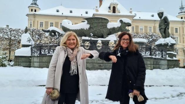 Bürgermeisterin Maria-Luise Mathiaschitz mit der Kandidaten-Überraschung Angelika Hödl. (Bild: StadtPresse)