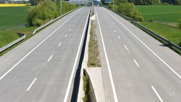 So leer waren die Autobahnen zwar nicht, doch Corona sorgte für weniger Verkehrsbelastung (Bild: Wolfgang Spitzbart)