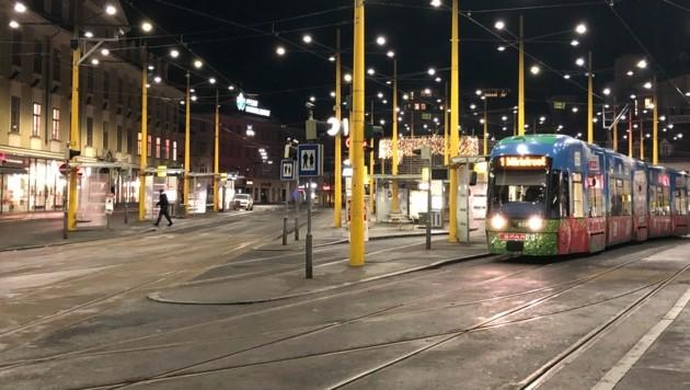 Grazer Jakominiplatz zu Silvester (Bild: Jakob Traby)