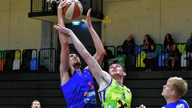 McGlynn (gelb) und seine Grazer Basketballer gehen heute wieder auf Korbjagd. (Bild: Foto Ricardo, Richard Heintz 8010)