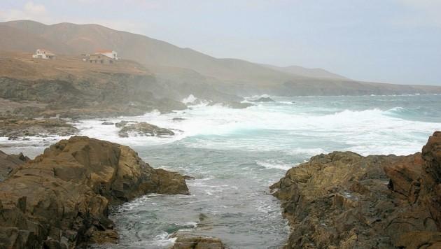 Raue See vor der Küste der spanischen Insel Fuerteventura (Bild: stock.adobe.com)