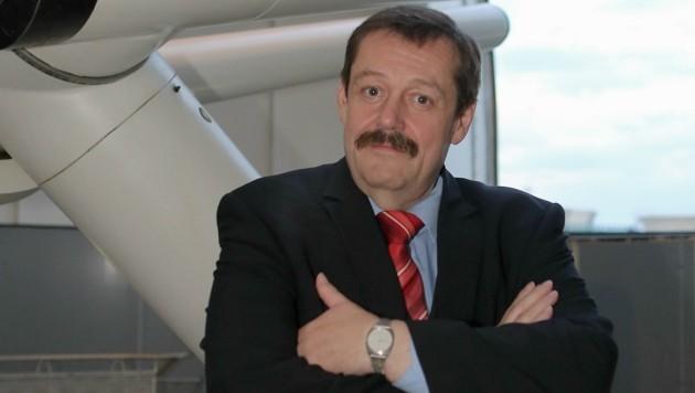 """""""Krone""""-Physiker Werner Gruber hofft auch auf Mega-Komet! (Bild: Bartel Gerhard)"""