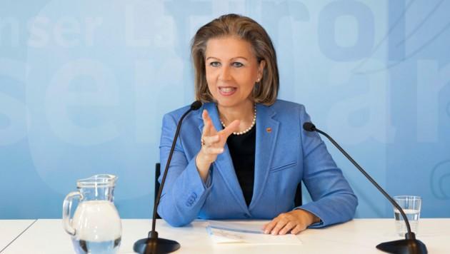 Wirtschafts-LR Patrizia Zoller-Frischauf blickt positiv in die Zukunft. (Bild: Land Tirol/Die Fotografen)