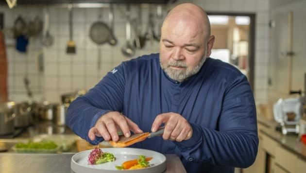 """Thomas Fuchs hat eine Haube erkocht, kann den """"Haubenbonus"""" derzeit aber nicht ausnutzen (Bild: POINT OF VIEW GmbH)"""