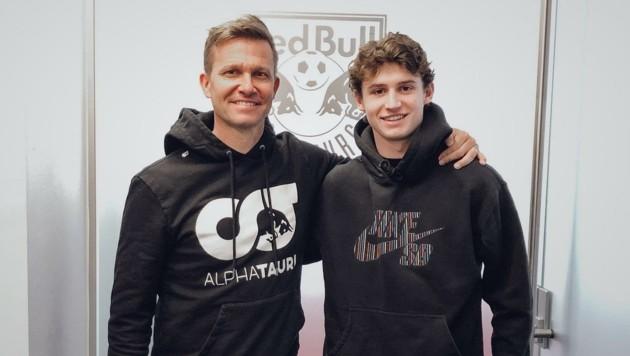 Salzburg-Trainer Jesse Marsch (li.) baut große Stücke auf Neuzugang Brenden Aaronson.