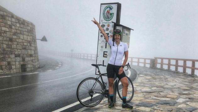 Eines der Rad-Highlights für Lisi Kappaurer, neben dem Stilfser Joch - die Großglockner Hochalpenstraße. Trotz Nebel! (Bild: Privat)