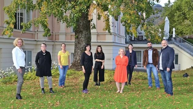 Das Team der Kulturhauptstadt im Herbst 2020 – die Zusammenarbeit mit Zednik (2. v. l.) und Kodym (4. v. l.) wird sich in Zukunft verändern.