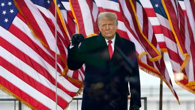 Donald Trump soll die Kundgebungen, die zum Sturm aufs Kapitol führten, mit seinen Wahlkampfgeldern unterstützt haben. (Bild: AP)