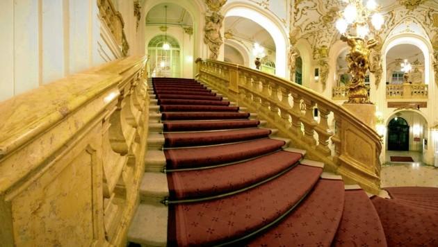 Gähnende Leere statt Society-Auflauf auf der Treppe: Auch die Grazer Oper muss heuer auf die Redoute verzichten.