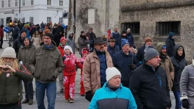 Knapp 500 Personen marschierten mit (Bild: Markus Tschepp)