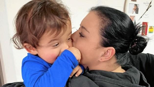 Der Leidensweg der jungen Mutter dauert jetzt schon zehn Jahre ... (Bild: Fulterer Claudia)