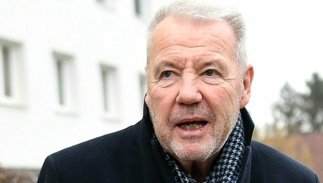 Der Wiener Neustädter Bürgermeister Klaus Schneeberger (ÖVP) (Bild: APA/Helmut Fohringer)