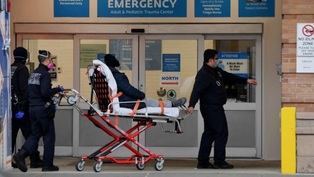 Corona-Patient in den USA (Bild: AFP/Angela Weiss )