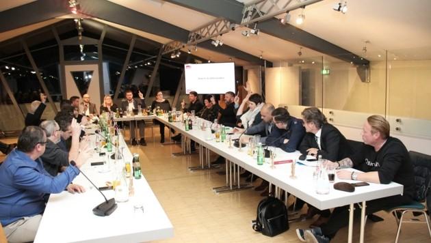 Gemeinderatssitzungen via Internet öffentlich machen? Das wird gerade in Telfs diskutiert (Bild: MGTelfs)