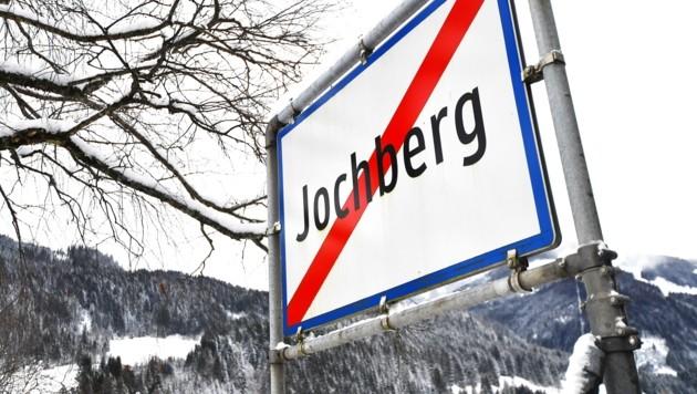 BM Günter Resch hofft, dass sich das Virus nicht über Jochberg ausbreitet. (Bild: Amir Beganovic)