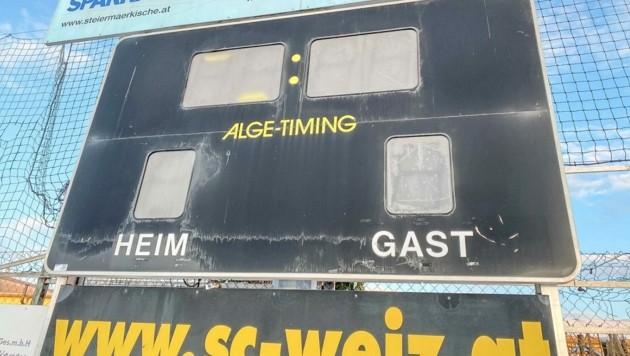 Die Anzeigetafel in Weiz wird versteigert (Bild: aurena)