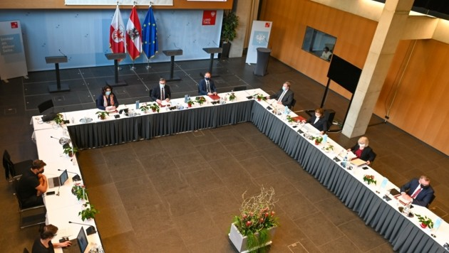 Klausurtagung der Regierung im Großen Saal im Landhaus. (Bild: LIEBL Daniel)