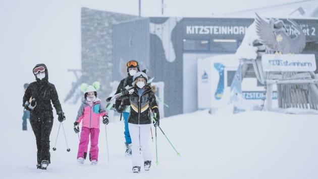 Noch herrscht in den Skigebieten Betrieb, wie am Kitzsteinhorn. (Bild: EXPA)