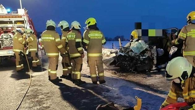 Schwerer Verkehrsunfall in Seekirchen (Bild: FF Obertrum)