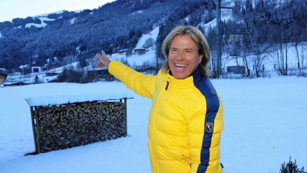 Erstmalig wird sich Hansi Hinterseer die Rennen auf dem Hahnenkamm daheim in Kitzbühel auf seinem TV-Gerät ansehen. (Bild: KRISTIAN BISSUTI)