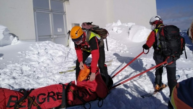 Die Bergretter mussten den Unterkühlten bergen (Symbolbild) (Bild: Bergrettung Villach)