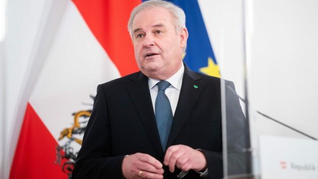 Landeshauptmann Herrmann Schützenhöfer (ÖVP) (Bild: APA/Georg Hochmuth)