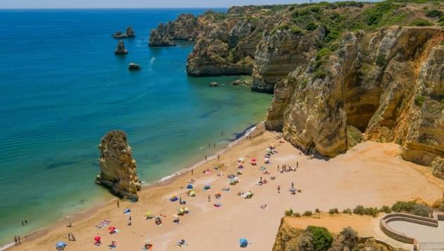 Die Portugal-Reise fiel für Mutter und Tochter wegen Corona aus – zahlen sollten sie trotzdem (Bild: Algarve Tourism Bureau)