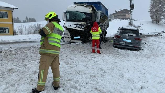 Schwerer Unfall in Henndorf (Bild: Markus Tschepp)