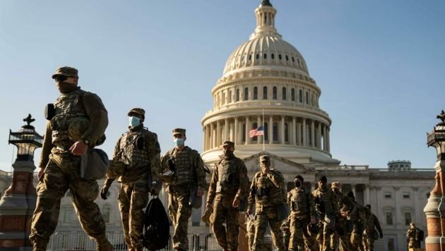 Bewacht von Zehntausenden Soldaten, wird Joe Biden am Mittwoch vor ausgesuchten geladenen Gästen auf den Stufen des Kapitols den Amtseid ablegen. (Bild: Kent Nishimura)