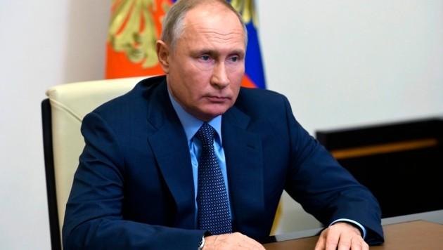 Die Regierung von Präsident Wladimir Putin droht YouTube wegen des Rauswurfs deutschsprachiger RT-Kanäle mit einer Totalsperre. (Bild: Alexei Nikolsky, Sputnik, Kremlin Pool Photo via AP)