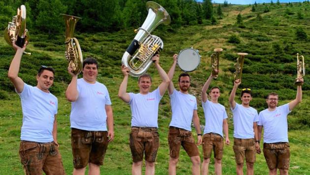 Sieben Oberkärntner haben sich gefunden und die Gruppe Kärntner 7er-Blech gegründet. (Bild: Kärntner 7er-Blech)