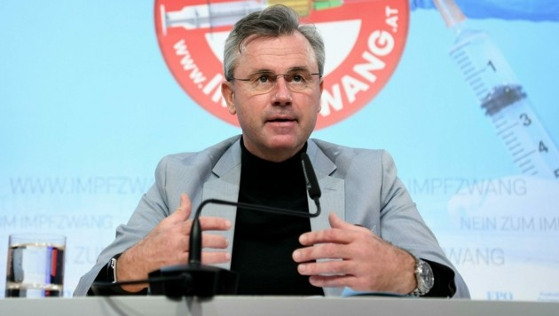 "FPÖ-Chef Norbert Hofer versprach ""die strengsten Compliance-Regeln"". (Bild: APA/HELMUT FOHRINGER)"