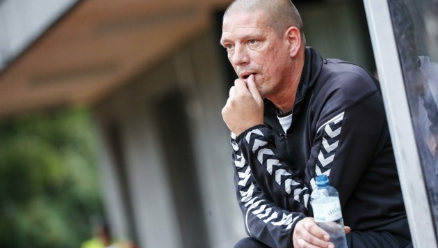 FC Pinzgau-Trainer Christian Ziege macht sich bezüglich eines Aufstiegs in die 2. Liga noch überhaupt keinen Druck. (Bild: Jasmin Walter)