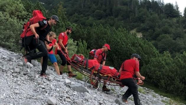 Die Bergrettung Innsbruck bei einem terrestrischen Einsatz. (Bild: Bergrettung Innsbruck)