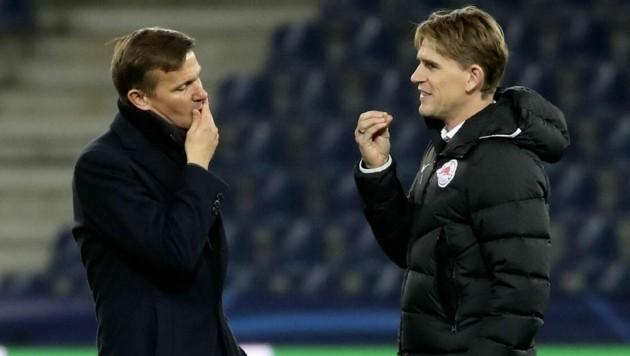 Salzburg-Coach Marsch (li.) und Sportchef Freund haben wieder ein Talent an Land gezogen. (Bild: Andreas Tröster)