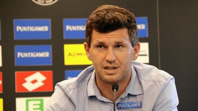 Sportchef Andreas Schicker ist stolz auf Sturms bisherige Saison. (Bild: Christian Jauschowetz)