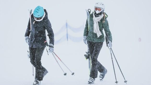 Im beschaulichen Bruck an der Glocknerstraße waren etliche angehende Skilehrer aus dem In- und Ausland einquartiert. Sie sollen sich nicht an die Covid-Regeln gehalten haben. (Bild: EXPA)