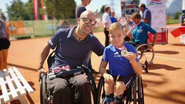 Maxi ist einer der besten Rollstuhltennisspieler seiner Altersklasse. (Bild: Familie Taucher)