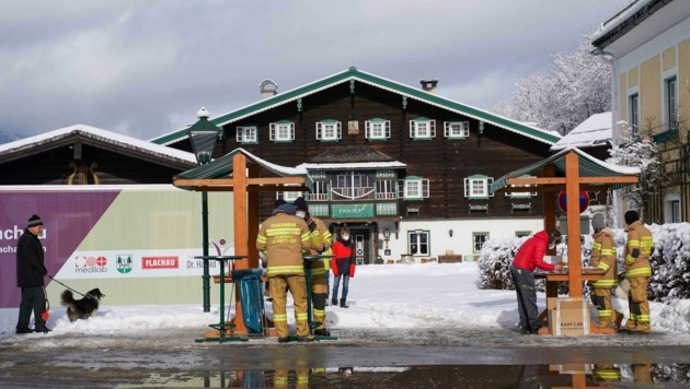 Die Freiwillige Feuerwehr unterstützte bei der Abwicklung des Tests von acht bis 18 Uhr. (Bild: Scharinger Daniel)