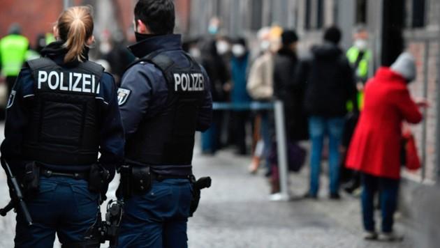 In Deutschland brach ein Berliner Polizist mit Komplizen in ein Juweliergeschäft ein. Seine Kollegen fassten ihn jedoch. (Bild: AFP )