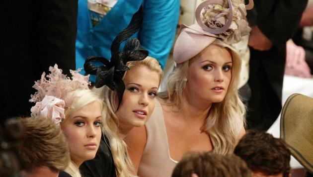 Lady Amelia, Lady Eliza und Lady Kitty Spencer bei der Hochzeit ihres Cousins Prinz William und Kate Middleton (Bild: APA/AFP PHOTO / WPA POOL / Dave Thompson)