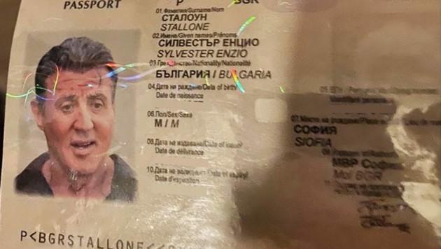 Täuschend echt - doch Bulgare ist der Hollywood-Star Sylvester Stallone nicht. (Bild: AFP/Bulgarian Prosecutors Office)