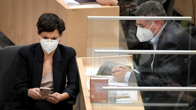 SPÖ-Chefin Pamela Rendi-Wagner und Vizeklubchef Jörg Leichtfried wollen Mieter entlasten und damit den Konsum ankurbeln. (Bild: APA/ROLAND SCHLAGER)