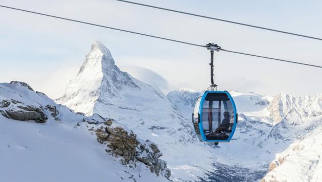 Die neue Doppelmayr-Seilbahn in Zermatt bietet einen beeindruckenden Blick auf das Matterhorn. (Bild: Doppelmayr)