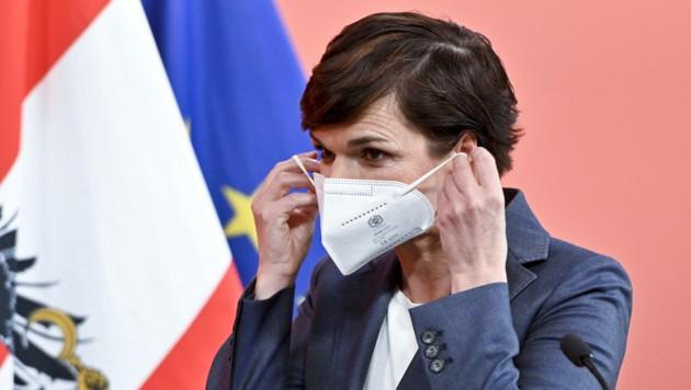 Die Lockerungsschritte in Österreich seien zu früh erfolgt, erklärt SPÖ-Chefin Pamela Rendi-Wagner. (Bild: APA/Herbert Neubauer)