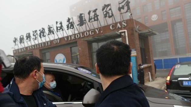 Die Visite im Wuhan Institut für Virologie gilt als Höhepunkt der Ermittlungen der Fachleute im Auftrag der Weltgesundheitsorganisation. (Bild: AFP)