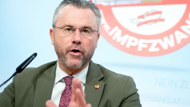FPÖ-Chef Norbert Hofer (Bild: APA/ROLAND SCHLAGER)
